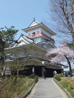 Osumi yagura of kubota castle 20160424 1528093031