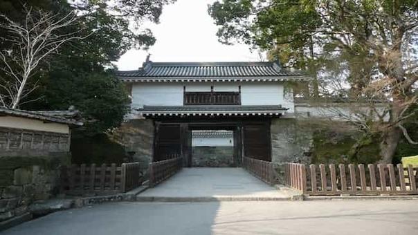 Obi castle otemon 1528088602