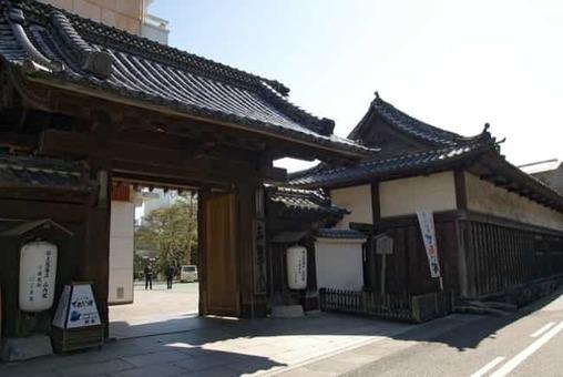 Kyu yamanouchike shimoyashiki nagaya01s3200 1528093712