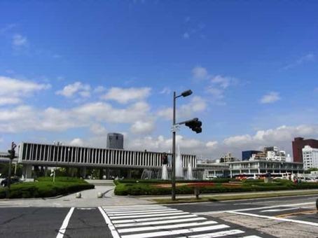 Hiroshima peace memorial museum 2008 01 1528096424