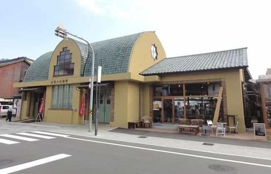 Izumotaishamae station 20130413 1528088790