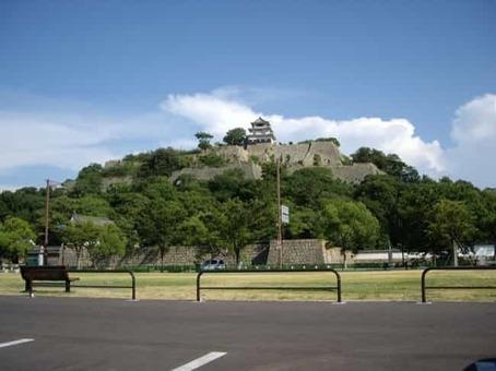 Marugame castle01 1528099111