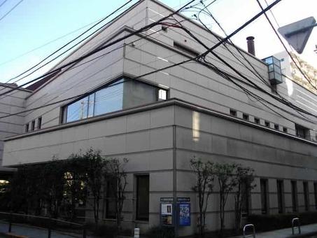 Meguro museum of art 2c tokyo 1528089718