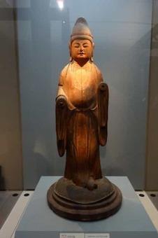 Standing kichijo ten  28mahasri 29 2c heian period 2c 10th century 2c wood with polychromy   tokyo national museum   dsc05076 1528090643