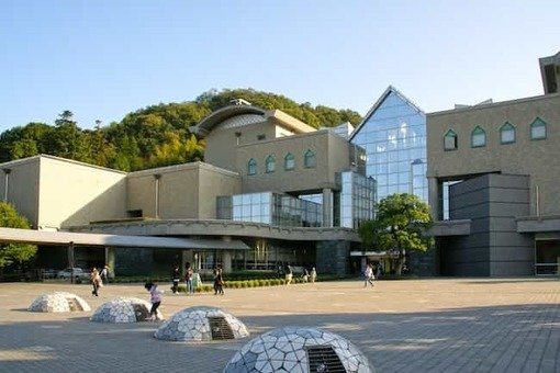 Tokushima 21st century cultural information center02s3200 1528091018