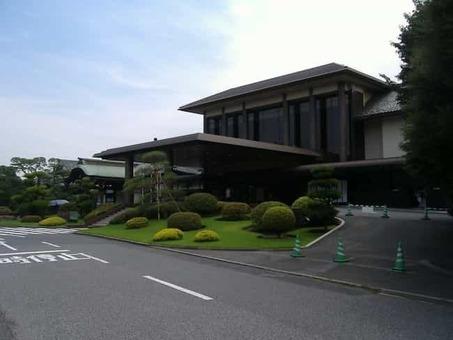 Meiji kinenkan mainhall 1528088341